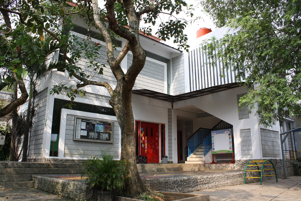 Kindergarten and Playgroup Building
