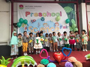 Science Fair Preschool Islamic International Bintaro (10)