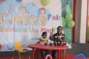 Science Fair Preschool Islamic International Bintaro (3)