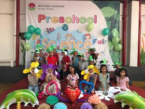 Science Fair Preschool Islamic International Bintaro (9)